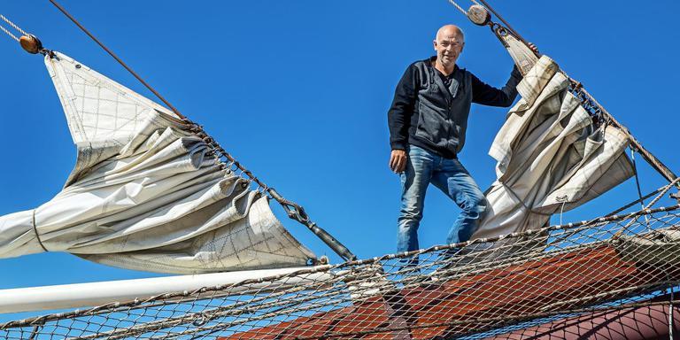 Jan Bruisma, eigenaar van driemastbark Artemis. FOTO NIELS DE VRIES