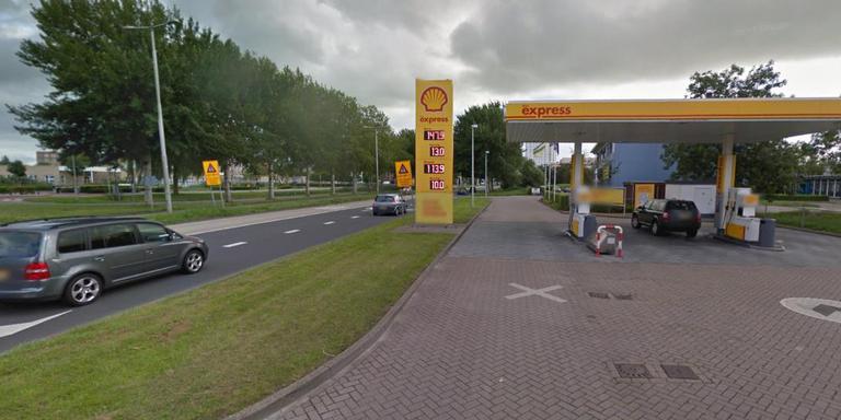 benzine uit tank pompen