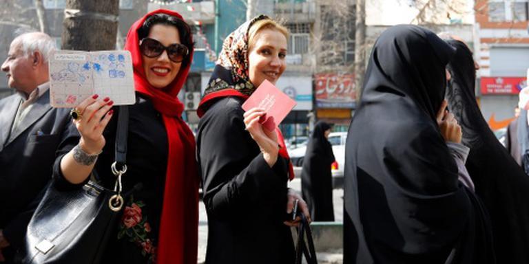 Teheran stemt massaal voor hervormingen