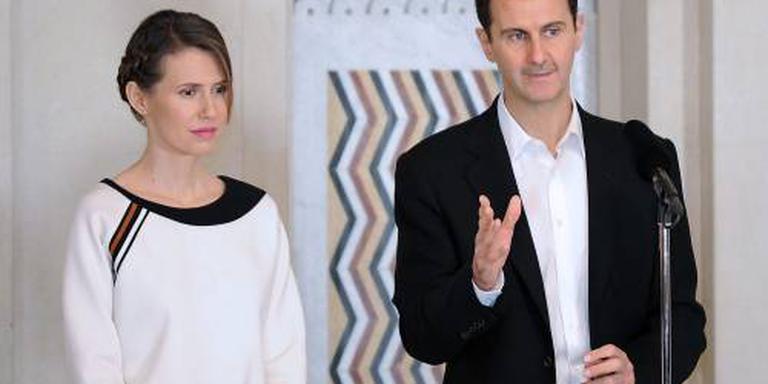 Vrouw Assad begint behandeling borstkanker
