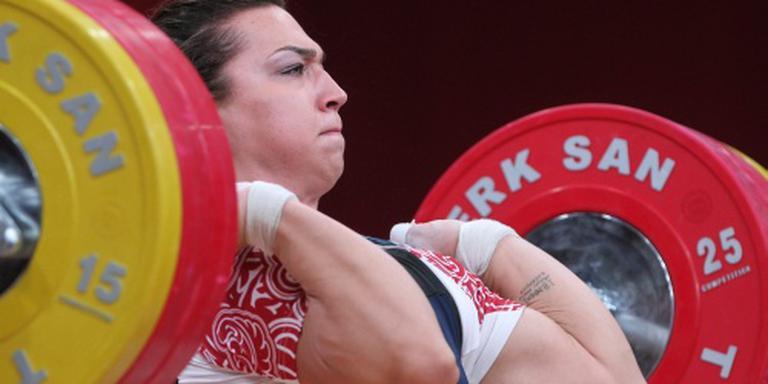 Russische gewichthefsters verliezen medaille