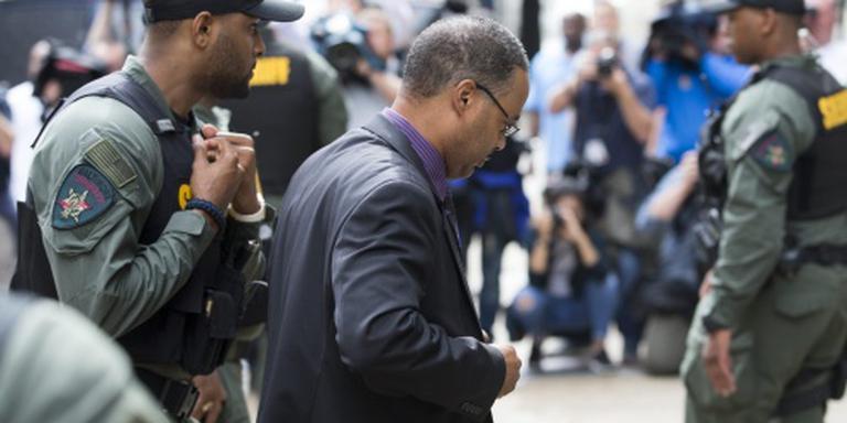 Agent VS vrijuit in zaak dood Freddie Gray