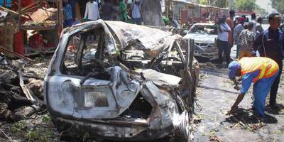 Doden door aanval op overheidsgebouw Mogadishu