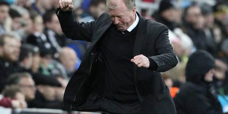 Trainer McClaren tekent bij QPR