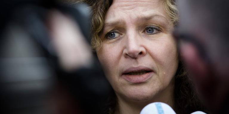 Sportminister: PSV-fans hard aanpakken