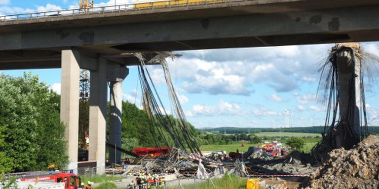 Doden door instorten deel brug Duitsland