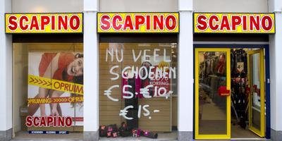 Van de 204 filialen van Scapino staan er 16 in Friesland. FOTO ARCHIEF LC
