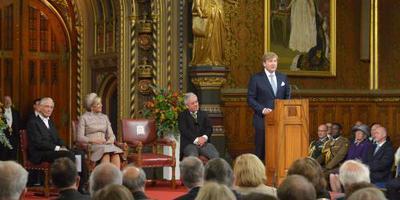Koning in Londen: we zien u niet graag gaan