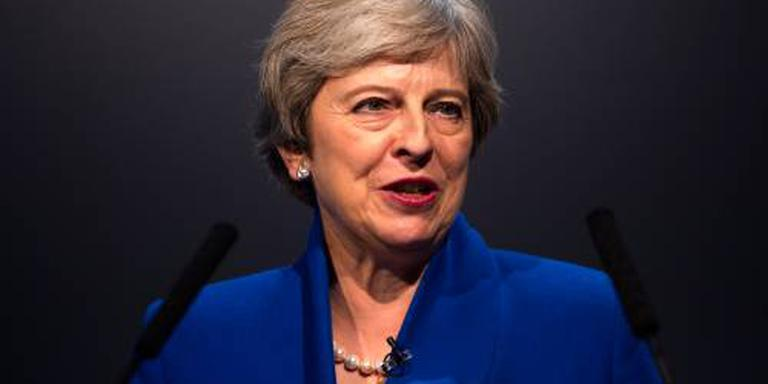 'Partijgenoten overleggen over afzetten May'