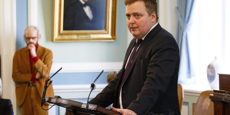 Premier IJsland vraagt ontbinding parlement