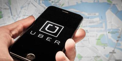 Taxichauffeurs voeren actie tegen Uber (2)