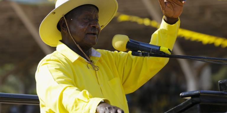 President Uganda wint verkiezingen
