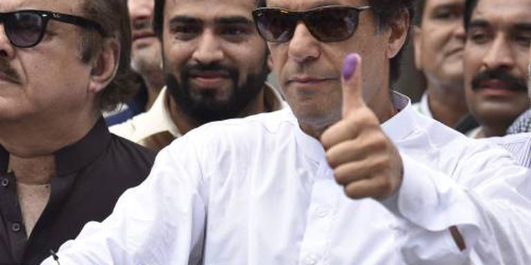 Khan aan kop na verkiezingen Pakistan