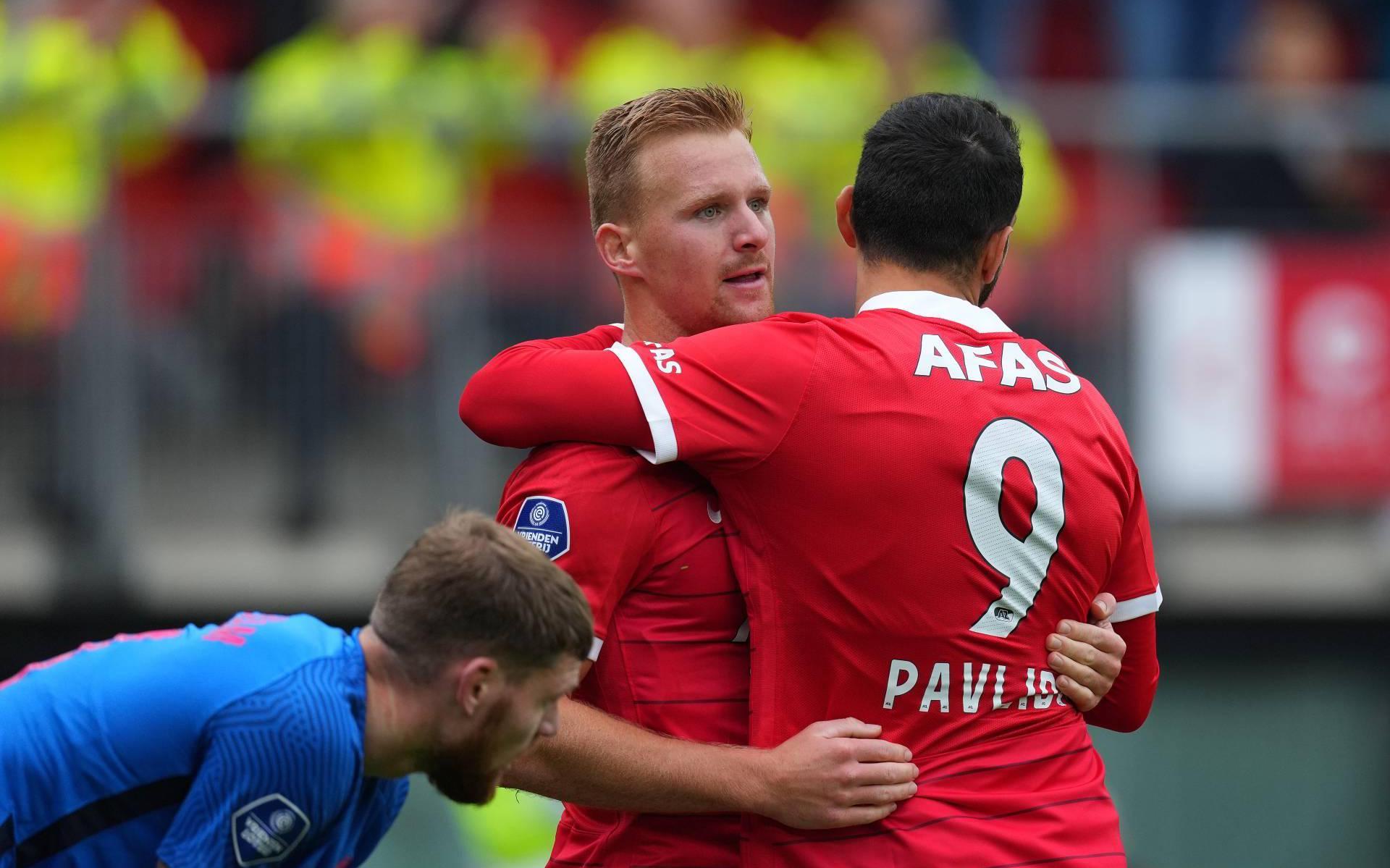 AZ leaves FC Utrecht no chance in Alkmaar