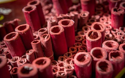 Zeker honderd euro boete voor wie tóch vuurwerk afsteekt tijdens oud & nieuw