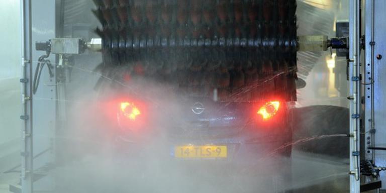 Gratis wasbeurt besmeurde auto mag nu overal