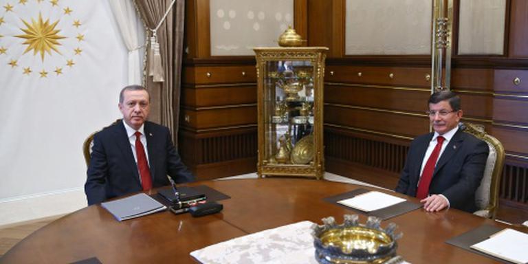 Turkse AK-partij houdt congres op 22 mei