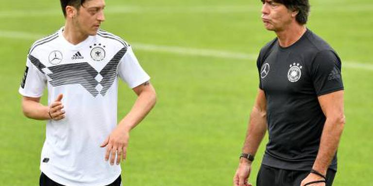 'Bondscoach Löw wist niets van besluit Özil'