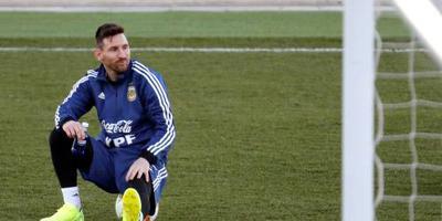 Liesblessure houdt Messi aan de kant