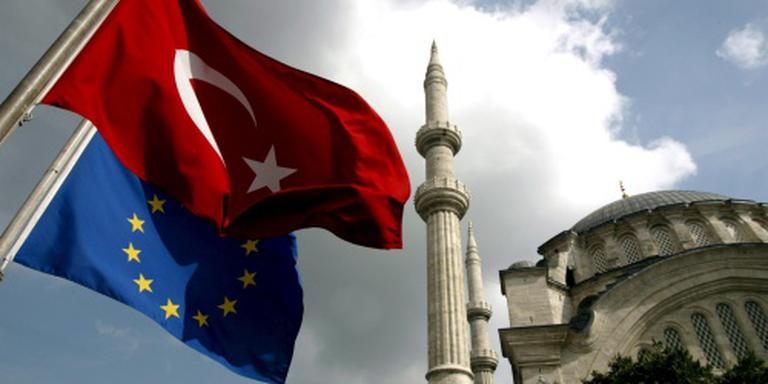 EU-bron: coup niet van 'paar kolonels'