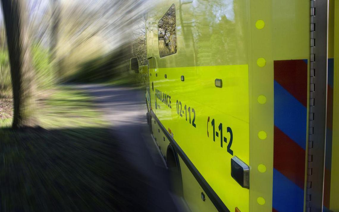 Drie gewonden bij ongeval Wetsens - Leeuwarder Courant