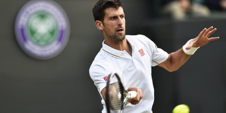 Djokovic met twee sets achter naar binnen