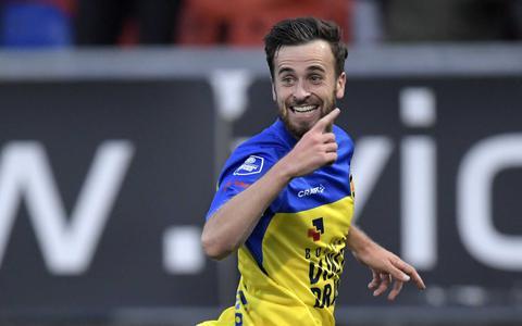 Michael Breij viert zijn goal.