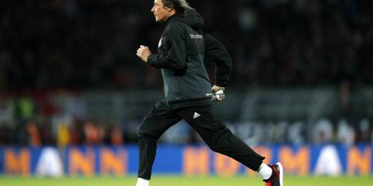 Müller-Wohlfahrt stopt bij Mannschaft