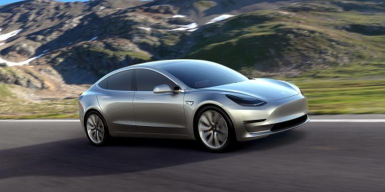 Tesla harkt 180.000 orders binnen in een dag