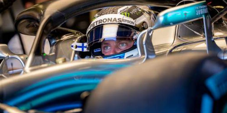Bottas jaar langer bij Mercedes