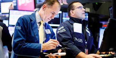 Wall Street opent met minnen