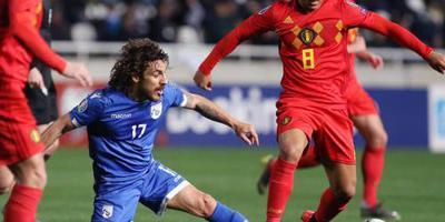 Jubilaris Hazard leidt België langs Cyprus