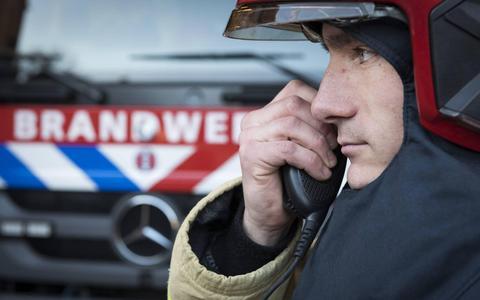 Vijf vragen over de NL-alert. Waarom de buren van de brandende boerderij in Peize geen alarmmelding kregen en iemand uit Assen wél