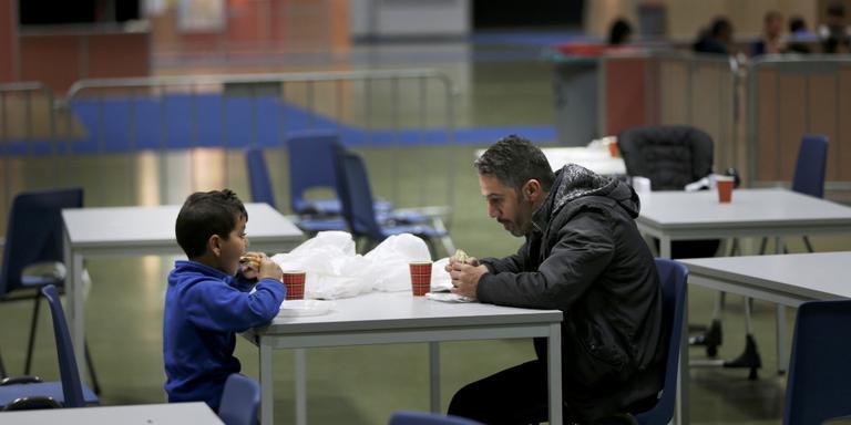 Het WTC, ingericht voor vluchtelingen. FOTO CATRINUS VAN DER VEEN