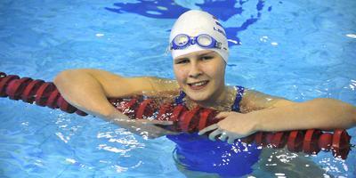 Liesette Bruinsma, sinds deze week houdster van drie wereldrecords, tijdens een training. FOTO ALEX J. DE HAAN