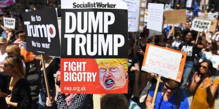 Britten betogen tegen Trump