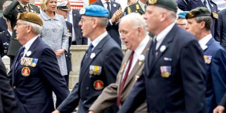 Defil veteranen door den haag begonnen binnenland for Uit agenda den haag