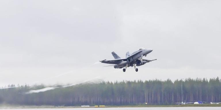 Zwitserse luchtmacht checkt El Al-vliegtuig