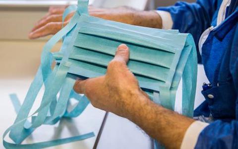 Kabinet in het nauw door alarmerende toestand in verpleeghuizen