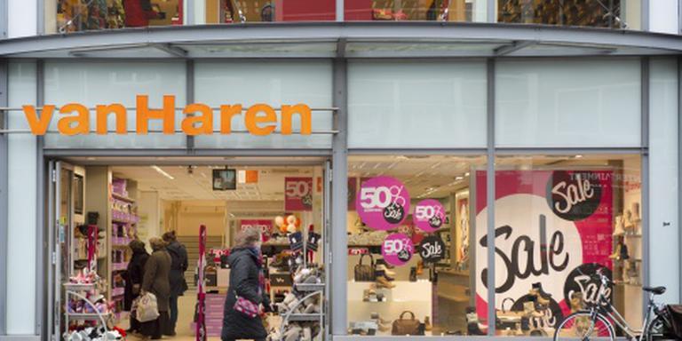 Recordomzet voor schoenenwinkels Van Haren