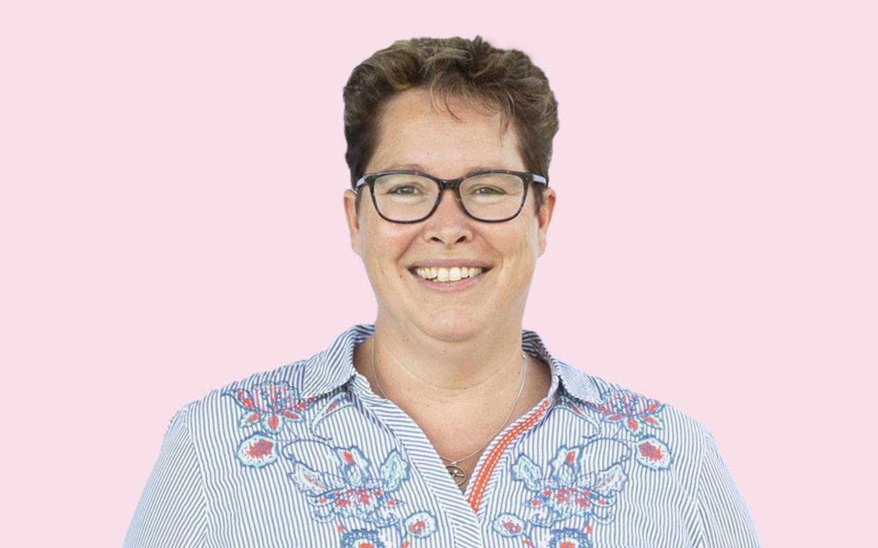 Martsje de Jong, columniste.