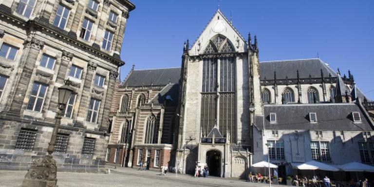 Oorlogsslachtoffers herdacht in Nieuwe Kerk