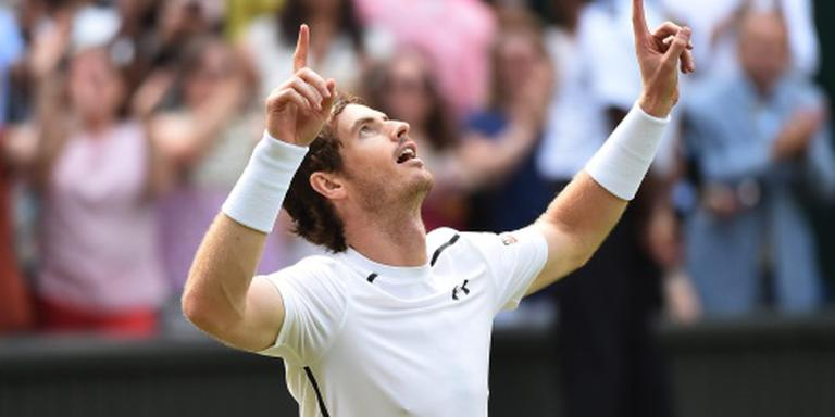 Murray overtuigend naar finale Wimbledon