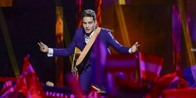 Douwe Bob naar finale Eurovisiesongfestival