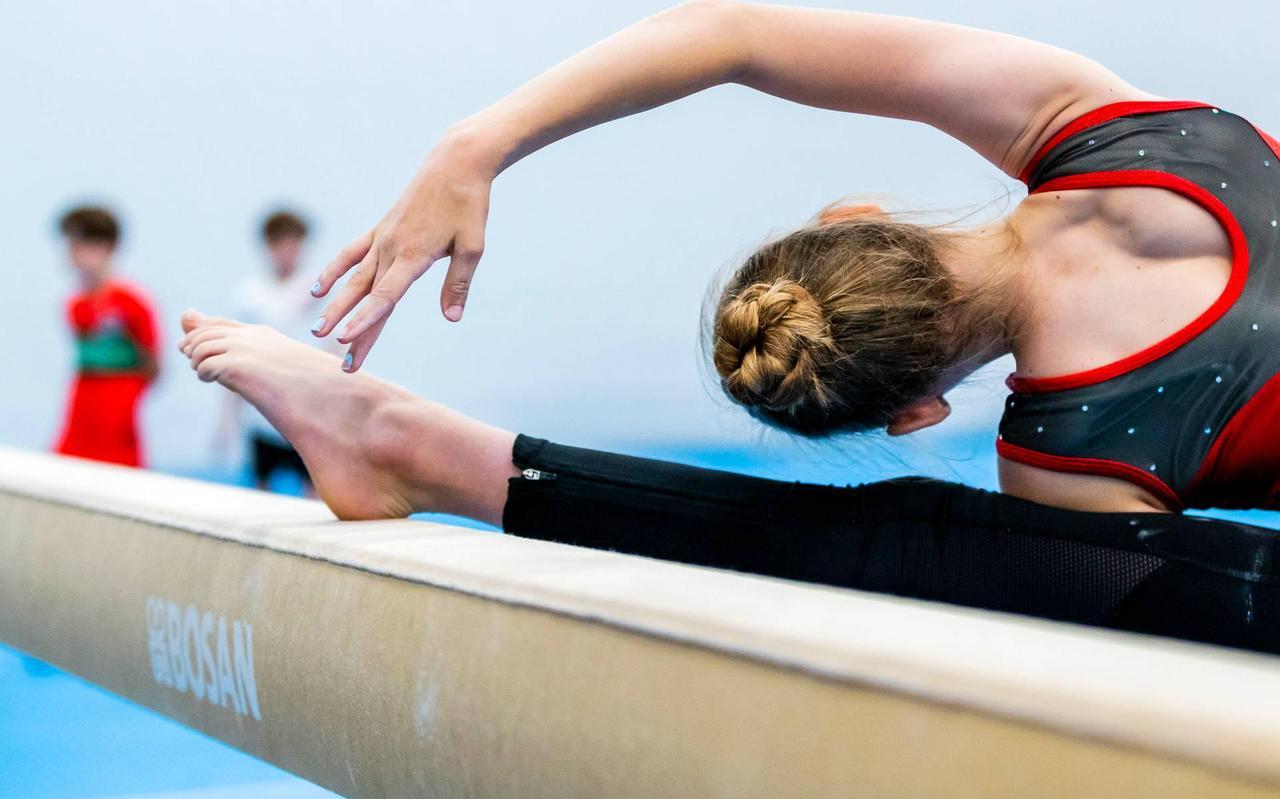 Als een lawine ging het nieuws van grensoverschrijdend gedrag door trainers deze week door de Nederlandse turnwereld: het leidde er zelfs toe dat de gymnastiekbond het topsportprogramma voor vrouwenturnen stillegde.