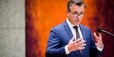 'Oppakken asielzoekersgezin kan niet milder'
