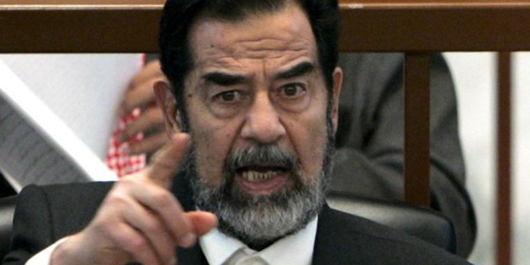 Novelle Saddam Hussein in Engels vertaald