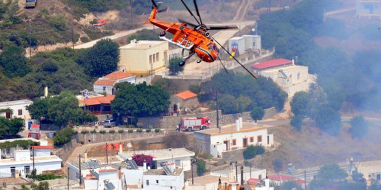Brand bedreigt dorp op Rhodos
