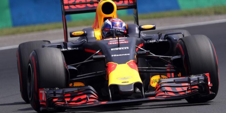 Verstappen 5e in Hongarije, Hamilton wint