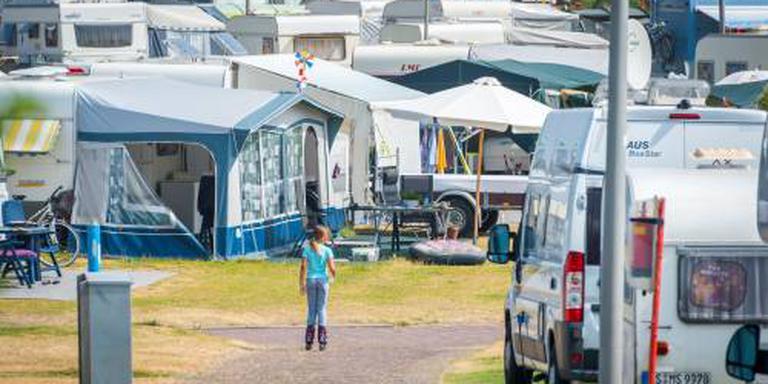 Aantal campers en caravans boven de 550.000